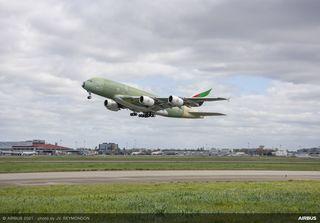 A380 Emirates MSN272 First Flight_.jpg